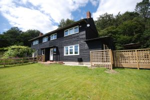 Bullsgate-cottage-self-catering-newport-isle-of-wight
