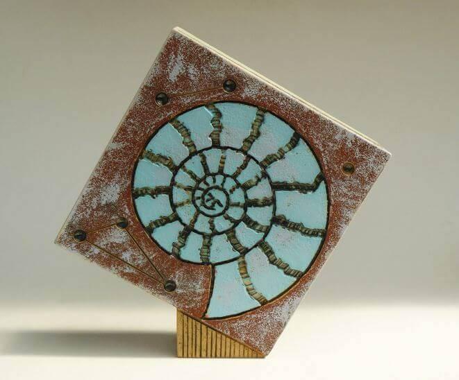 dowden-andrew-tumbling-square-ammonite-design-side-2