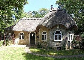 island-cottage-holidays Sweet Water Lodge