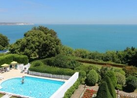 Luccombe hall Hotel Shanklin on isleofwight.com
