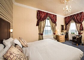 New Holmwood Hotel - Cowes isle of wight