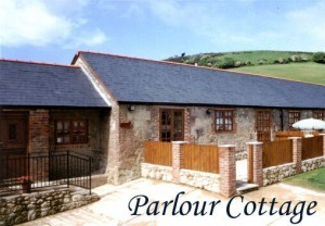 newbarn country sottages isle of wight Parlour rear IOW self catering holiday cottage barnParlour Cottage iow