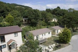 riviera holiday park bonchurch ventnor isle of wight self catering holiday cottages lodges apartments flats