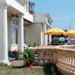 sandown-hotel-front