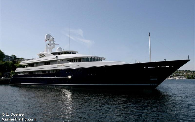 Archimedes Super Yacht Visits East Cowes