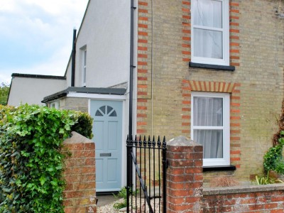 Bay Cottage, Gurnard, Cowes, Isle of Wight