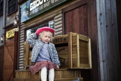 Cowgirls & Cowboys!