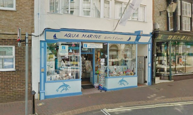 Cowes Tourist Information Point
