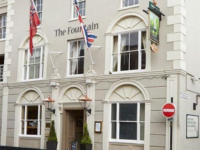 Fountain Inn Restaurant in Cowes