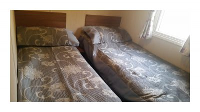 Twinroom, 10 Crosswinds, Whitecliff Bay Holiday Park