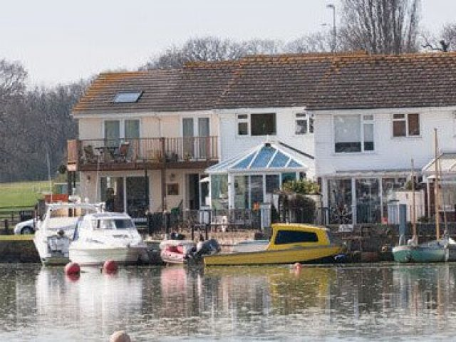 Wavell's Quayside bed and breakfast, Wootton Bridge, Isle of Wight