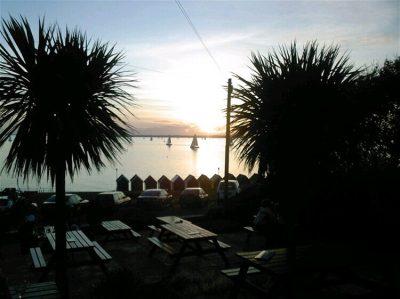 Woodvale Hotel Gurnard Isle of Wight