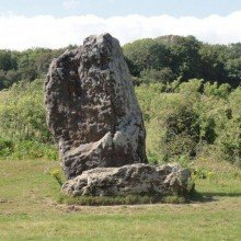 A Mottistone Monument Walk – The Long Stone