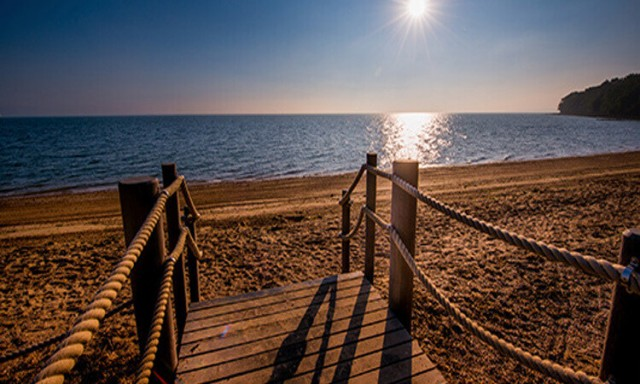 Osborne Beach, East Cowes, Isle of Wight