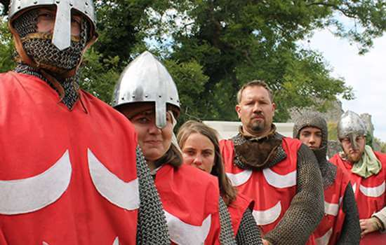 carisbrooke-clash-of-knights