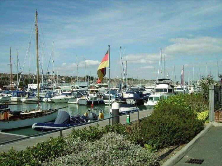 East Cowes to Newport  Walk