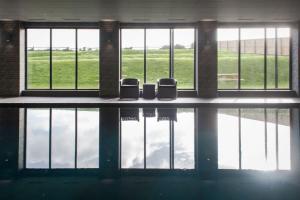 pool4