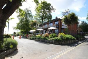 Fine dining with a sea view at Appley, Isle of Wight