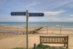 The coastal path is STUNNING