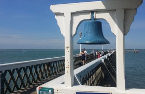 The Bell at Yarmouth Pier