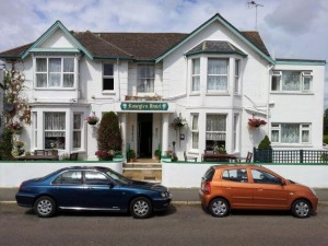 Roseglen Hotel Shanklin Isle of Wight bed breakfast B&B guest house accommodation holidays