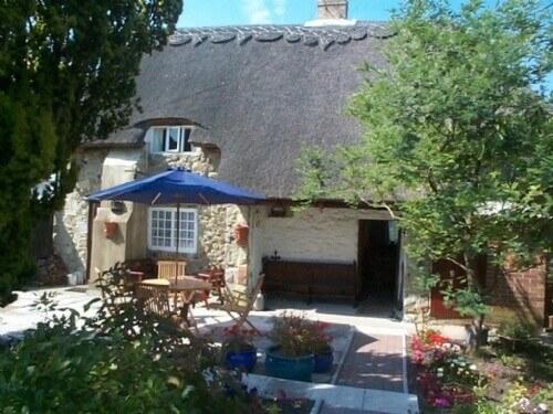 ye olde cottage niton Isle of Wight